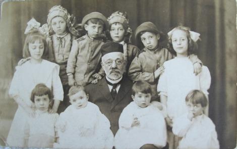 Family Tree and Genealogy Photo